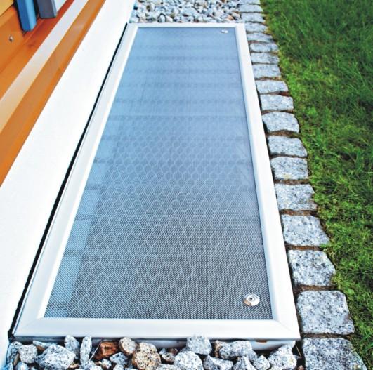Insektenschutz und Fliegengitter Magdeburg - Hochwertige Lichtschachtabdeckungen haben keine Stolperkanten!