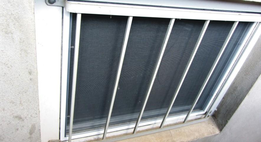 Fliegengitter und Insektenschutz Magdeburg - Für jedes Kellerfenster werden die Spannrahmen für jedes Kellerfenster paßgenau gefertigt!